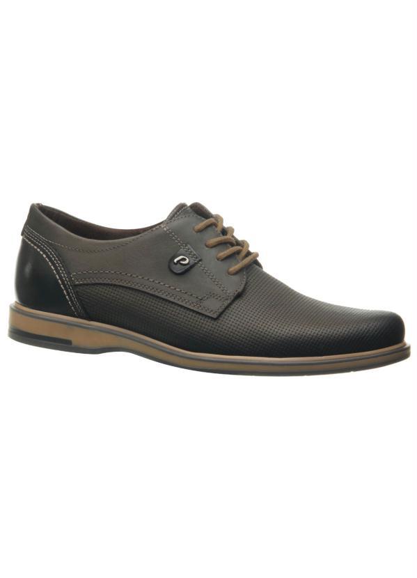 Sapato Pegada (Cravo) em Couro