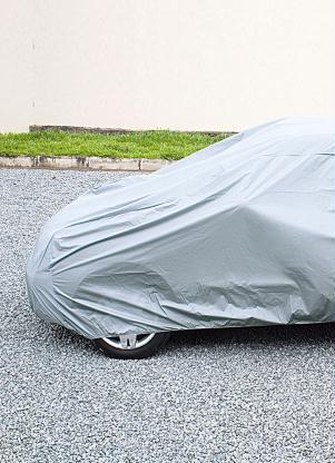 Capa para Automóvel em Plástico