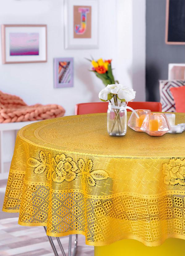 Toalha de Mesa Redonda (Amarela) em Renda