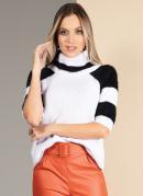 Blusa em Tricô com Recortes Branca e Preta