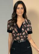 Blusa Floral Preto com Recorte no Decote