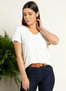 Blusa Off White com Decote V e Bolso Frontal