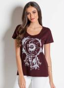 T-Shirt Bordô com Estampa e Decote Frontal
