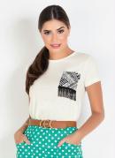 T-Shirt Off White Moda Evangélica com Detalhe