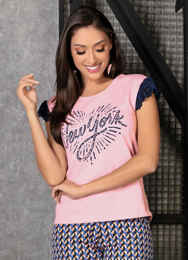 T-Shirt (Rosa) com Renda e Estampa Frontal