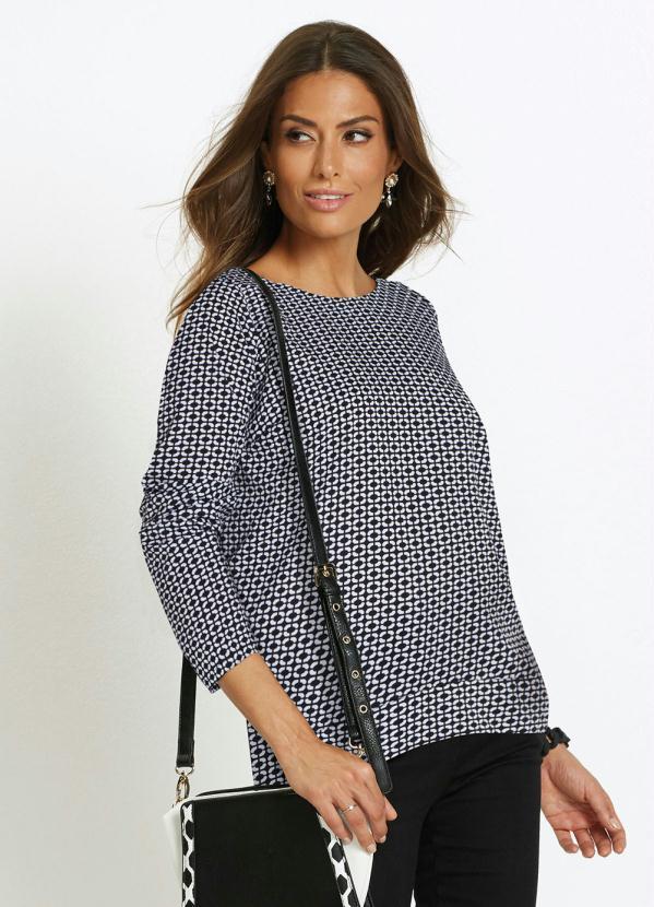 Blusa Decote Redondo Estampada (Geométrica Preta)