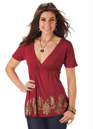 Blusa com Decote V Estampada(Vermelha)