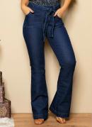 Calça Jeans com Bolsos Funcionais e Faixa
