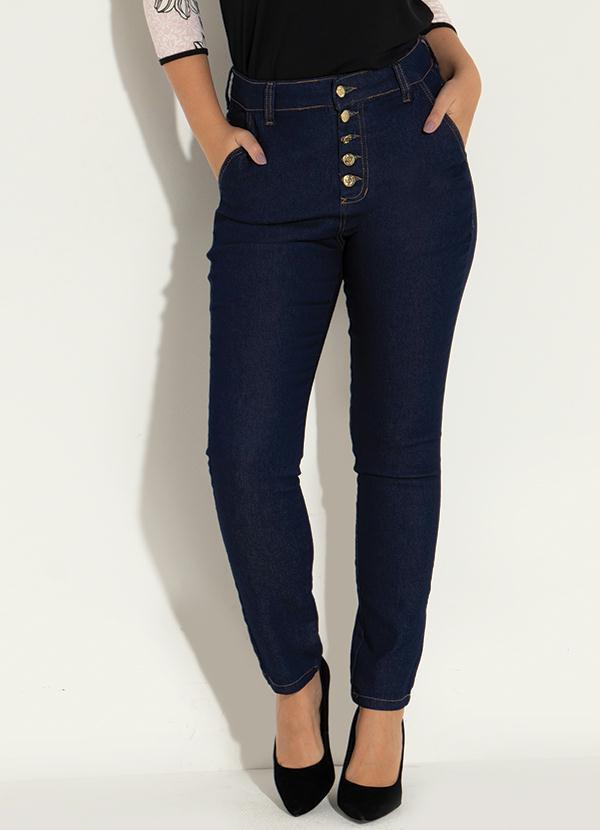 Calça (Jeans) com Bolsos nas Costas