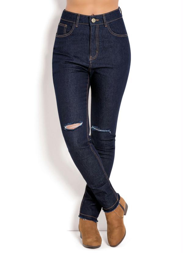 f04ed12d73 Calça Jeans Escuro com Barra Desfiada - Quintess