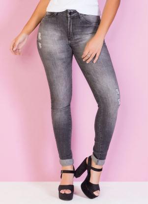 Calça (Jeans Preta) com Efeito Desbotada