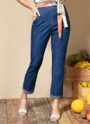 Calça Jeans Reta de Cintura Alta com Pregas