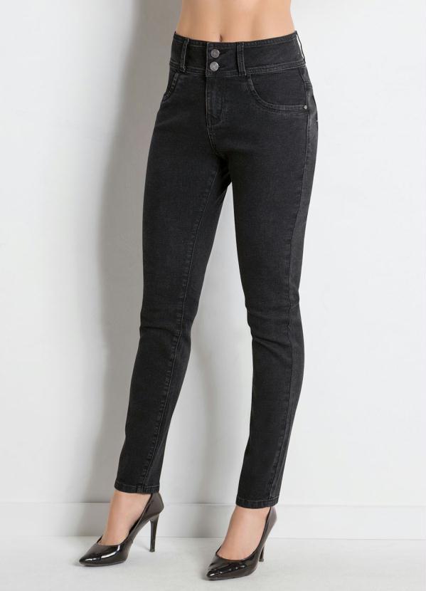 Calça Jeans Skinny (Preta) com Bolsos