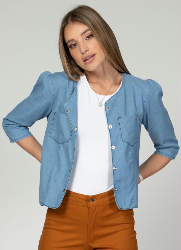 Jaqueta com Franzido nos Ombros (Jeans Claro)