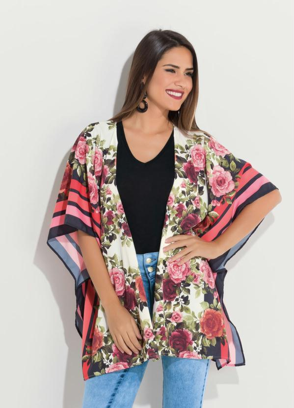 Kimono (Floral) Amplo com Abertura Lateral