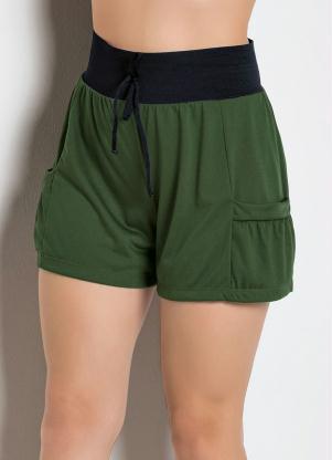 Short com Bolsos (Verde Militar)