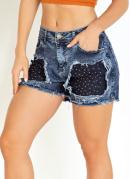 Short Jeans Destroyed com Tachas Sawary