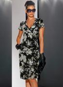 Vestido com Estampa Preto Floral