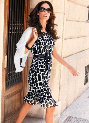 Vestido Estampa Geométrica (Branco/Preto)