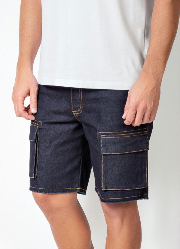 Bermuda Actual (Jeans) com Bolsos Cargo