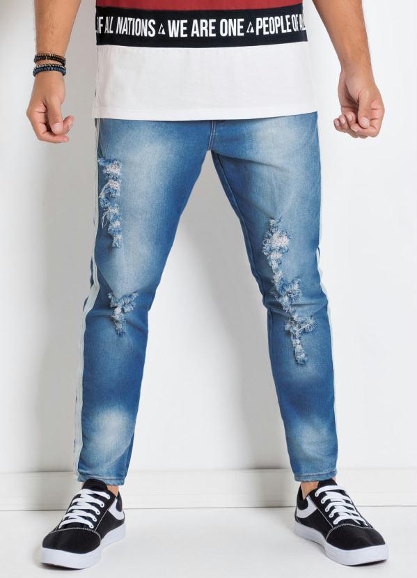 Calça Actual (Jeans) Cropped e Detalhe na Lateral