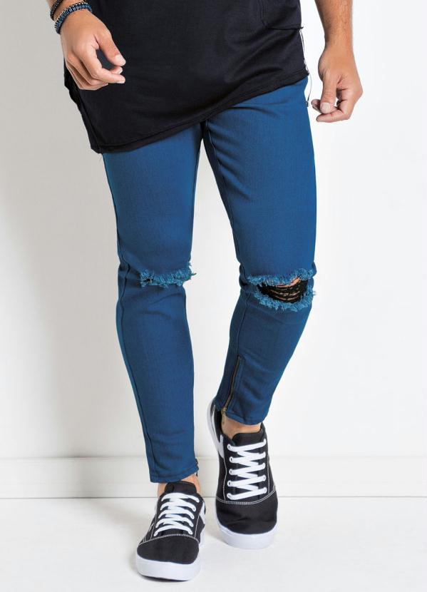 Calça Actual (Jeans) com Zíper e Destroyed Joelho