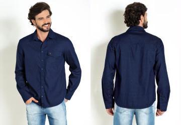 Camisa Azul com Bolso Funcional e Botões