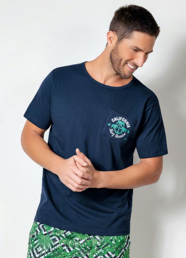 Camiseta Actual com Bolso Frontal (Marinho)