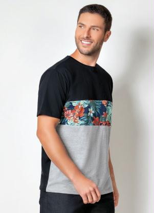 Camiseta Actual (Preta) com Recortes e Mangas