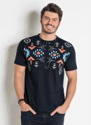 Camiseta Preta Actual com Estampa Étnica