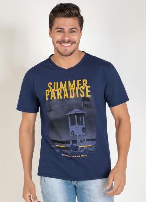 Camiseta (Marinho) com Decote V e Estampa Frontal