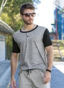 Camiseta Mescla e Preta com Cor Contrastante