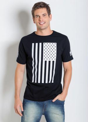 Camiseta (Preta) com Estampa da Bandeura Usa