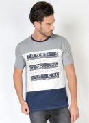 Camiseta Tricolor com Pala Frontal