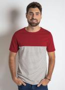 Camiseta Vermelha com Frente Listrada