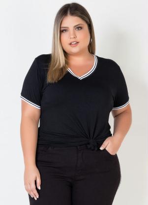 Blusa Plus Size com Gola Contrastante (Preto)