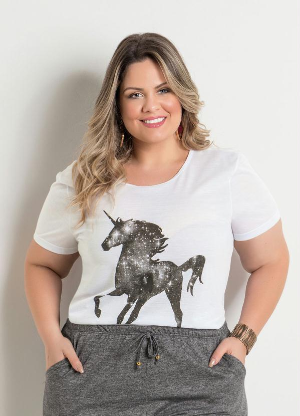 T-Shirt (Branca) Estampa Unicórnio Plus Size