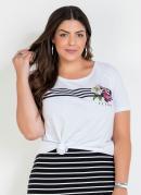 T-Shirt Branca Plus Size com Estampa Frontal