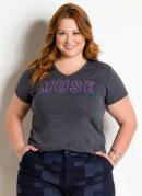 T-Shirt com Decote V Plus Size Chumbo