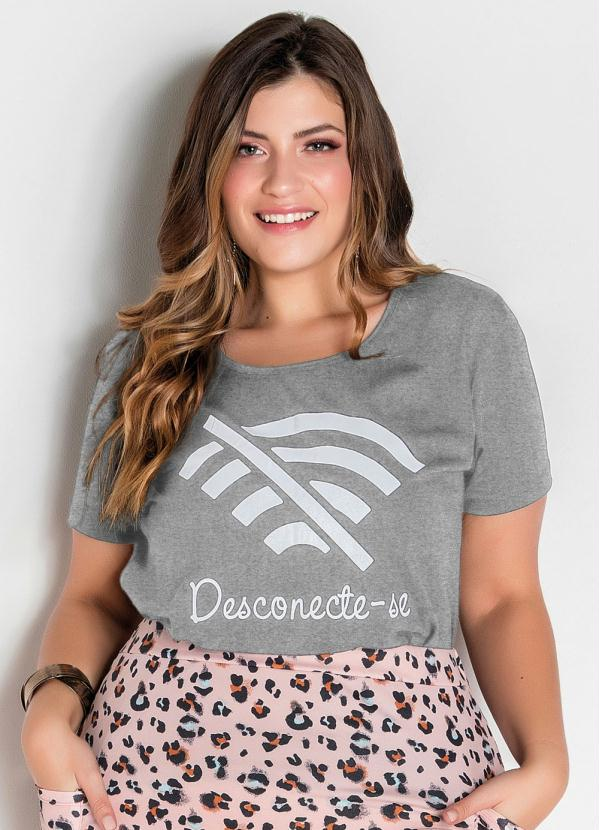 T-Shirt (Mescla) com Estampa Frontal Plus Size