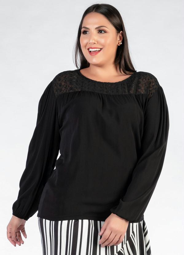 Blusa Plus Size (Preta) com Recorte Bordado9898