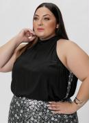 Blusa Plus Size Preta com Paetê nas Laterais