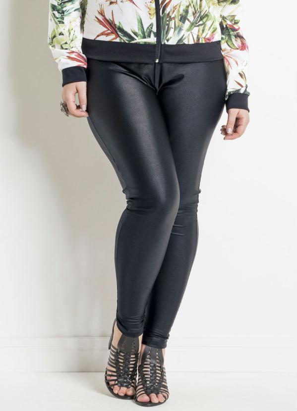 Calça Legging (Preta) Efeito Brilhante Plus Size