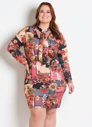 e37672839 Vestido Gola Laço Plus Size Floral Marguerite - SouLojista